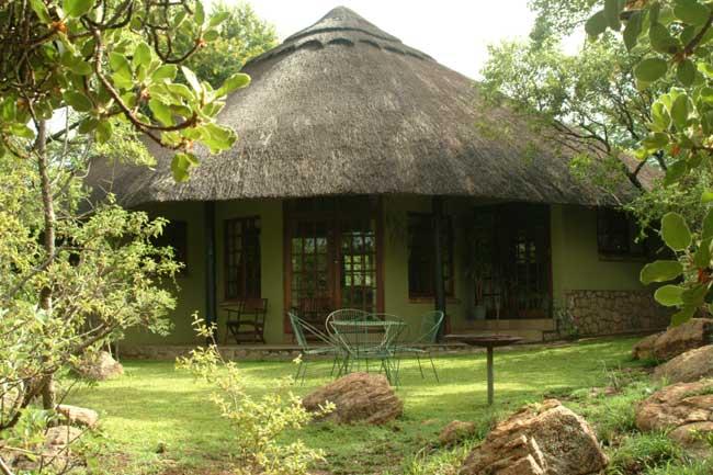 Bulawayo Accommodation - Granite Park Lodge
