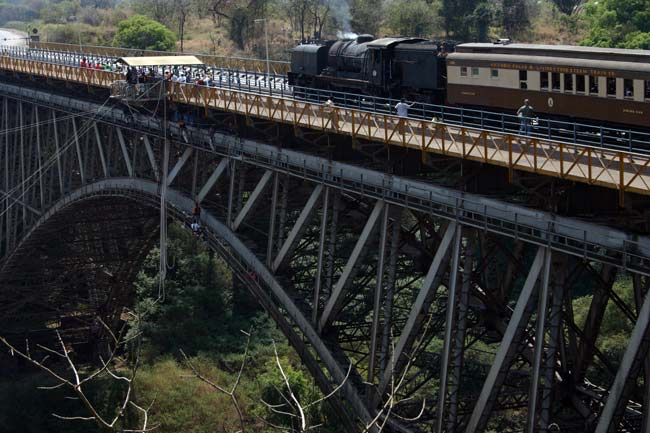Tour of the historic Victoria Falls Bridge