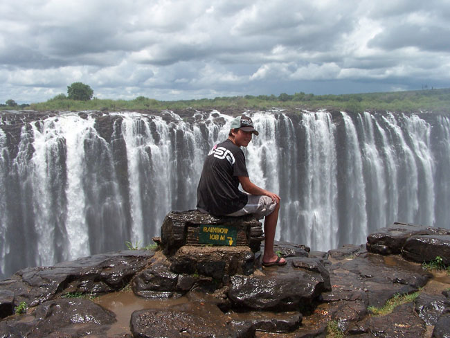 Tour the Victoria Falls