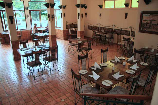 Simujinga Restaurant at Rainbow Hotel in Victoria Falls