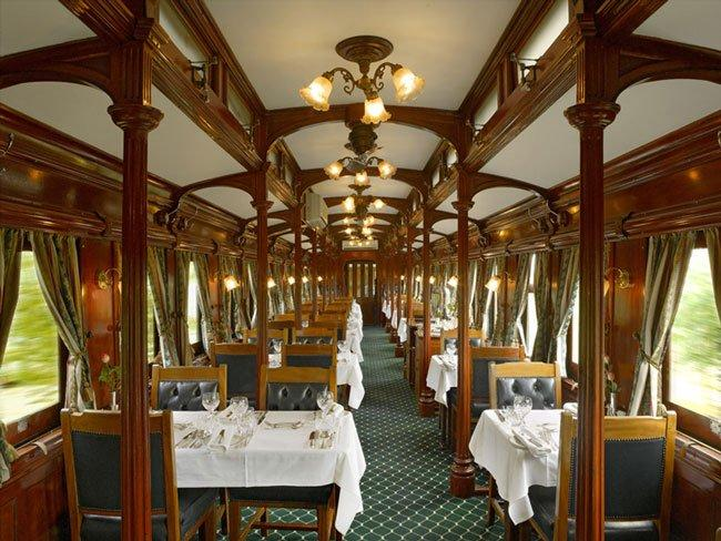 The Rovos Rail dining car