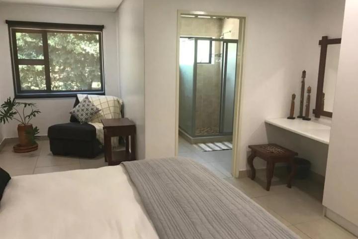 251 Vic Falls Apartment
