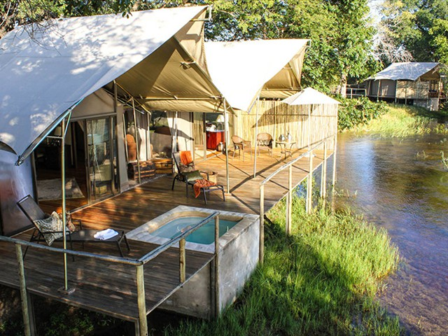 Zambezi Sands camp luxury along the Zambezi River. Combine with Batonka Lodge in Victoria Falls, Zimbabwe, plus return flights in a discounted package!