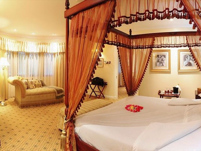 Luxury and quality at Stanley and Livingstone Hotel