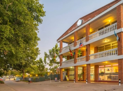 N1 Hotel - Victoria Falls accommodation