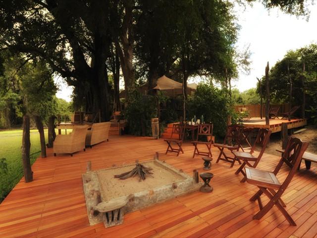 The main area of Kanga Camp - Mana Pools Accommodation - Zimbabwe