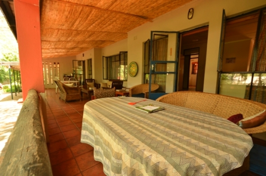 Lorries bed and breakfast budget accommodation great for Beds zimbabwe