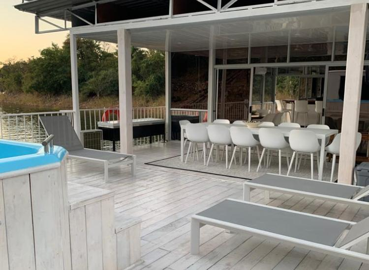 Top deck dining, lounging