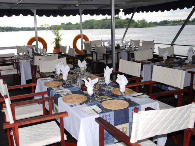 Zambezi dinner cruise