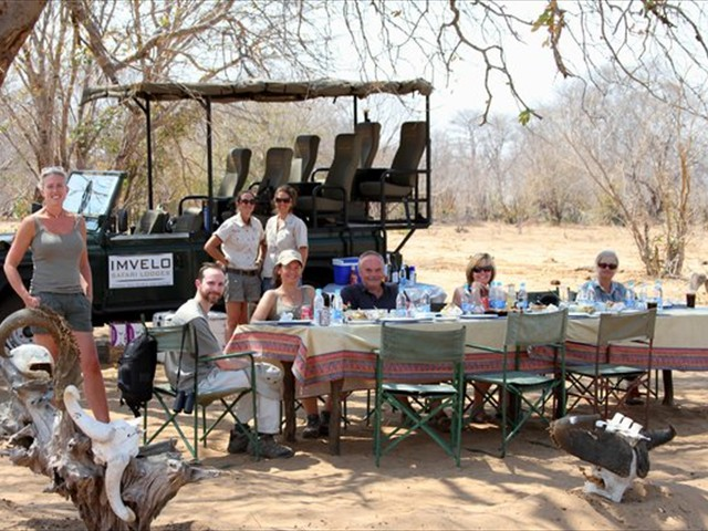 Lunch during a game drive
