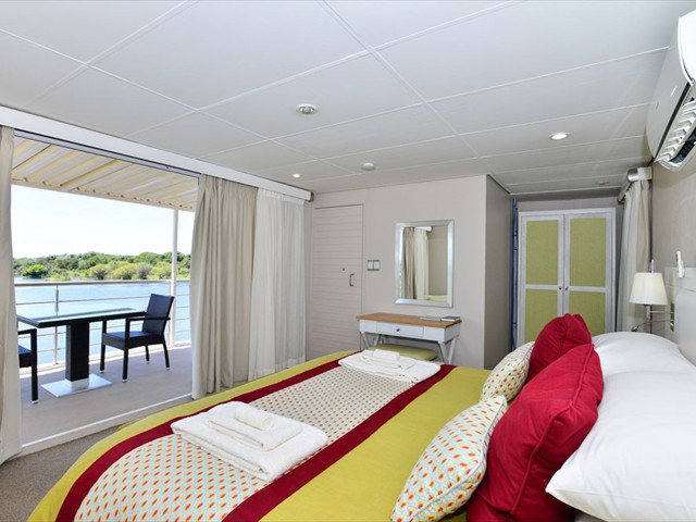 A king room on the Chobe Princess