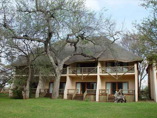 Chobe Safari Lodge rooms in Botswana