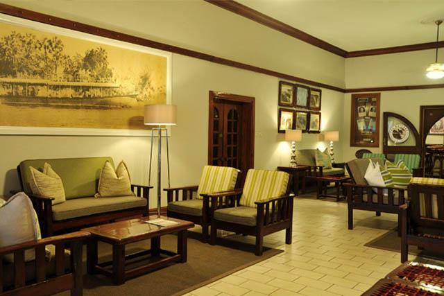 The lounge at Cresta Sprayview