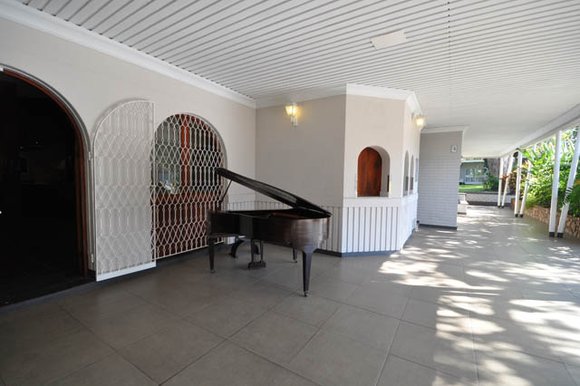 Poolside piano by the bar