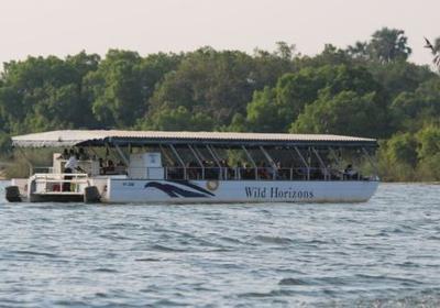 Lunch cruises on the Zambezi