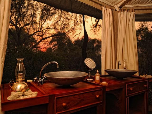 Bathrooms are en-suite