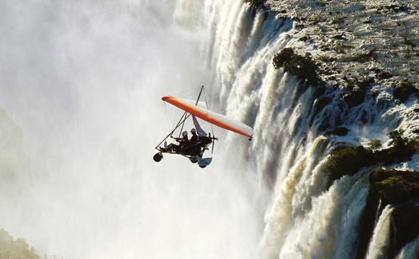 Breathtaking views via microlight flghts over the Victoria Falls and Zambezi River - Zimbabwe and Zambia