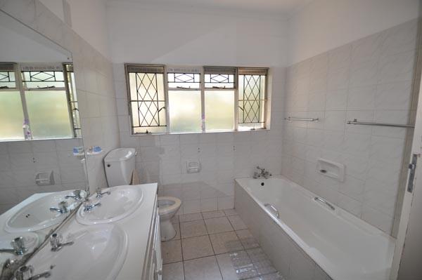 Bathroom of dormitory room