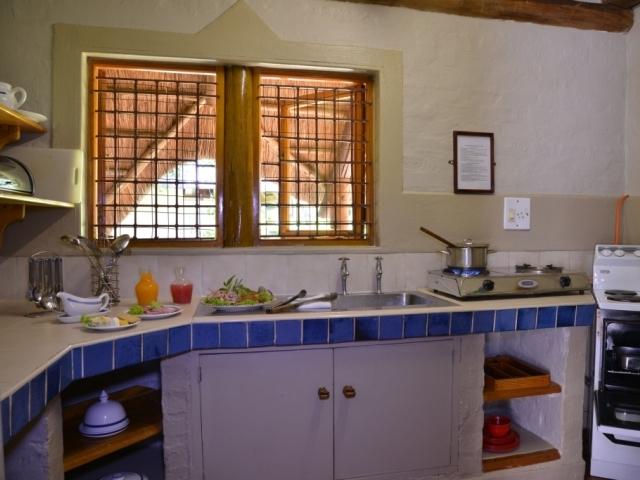 Self catering kitchen at Lokuthula Lodge