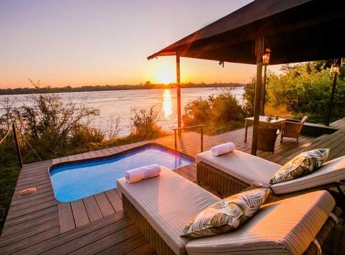Old Drift Lodge along the Zambezi River - Victoria Falls accommodation
