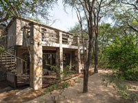 Camelthorn Lodge villa - Hwange National Park, Zimbabwe