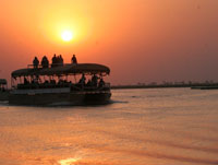 Boat cruise on the Chobe River with Chobe Safari Lodge, Zimbabwe