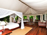 Luxurry safari tent at Kanga Camp, Mana Pools National Park, Zimbabwe