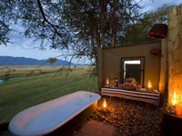 Safari bath at the luxurious Ruckomechi Camp in Mana Pools, Zimbabwe