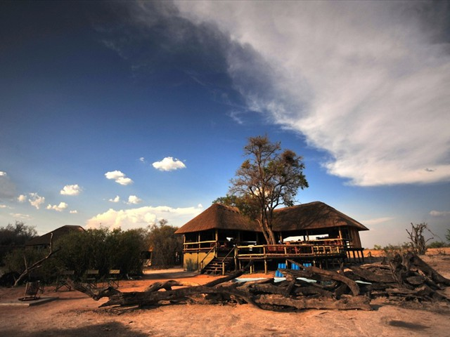 Nehimba Lodge main lodge, Hwange National Park