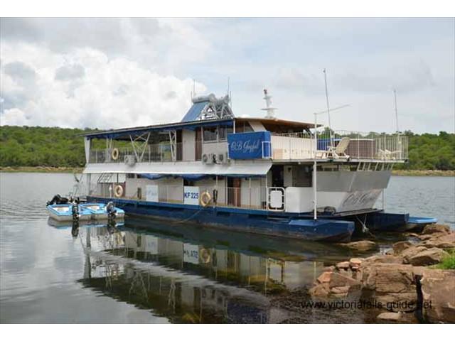 OB Joyful Houseboat