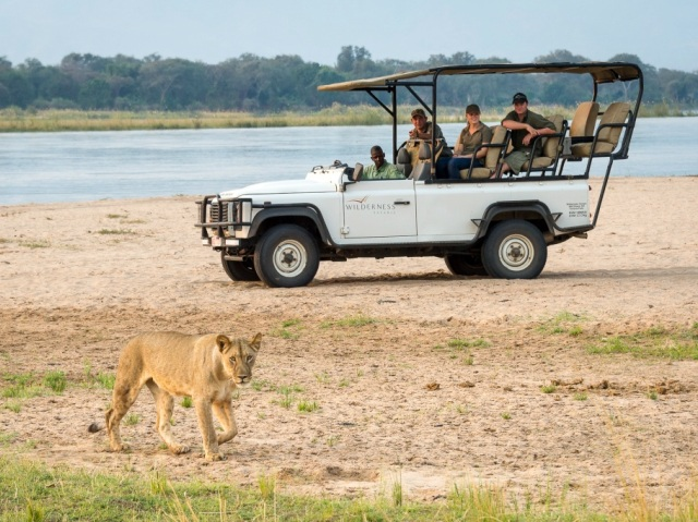 Ruckomechi Camp game drive - Mana Pools National Park, Zimbabwe