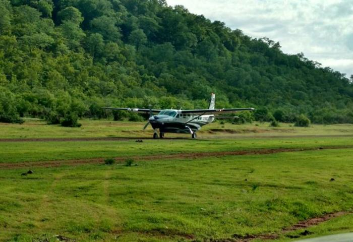 Flight into Bumi Hills, Lake Kariba, by Safari Logistics.