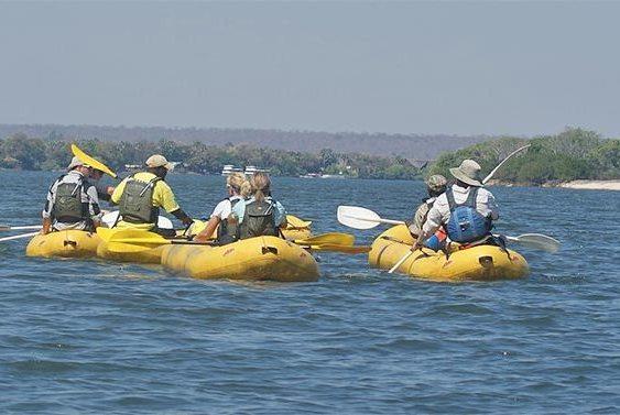 Canoe Safaris on the Zambezi River