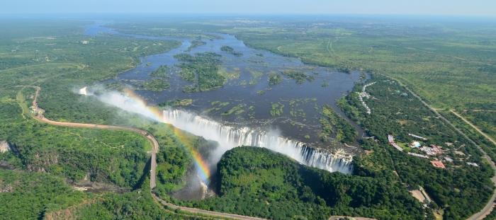 Victoria Falls Travel Guide