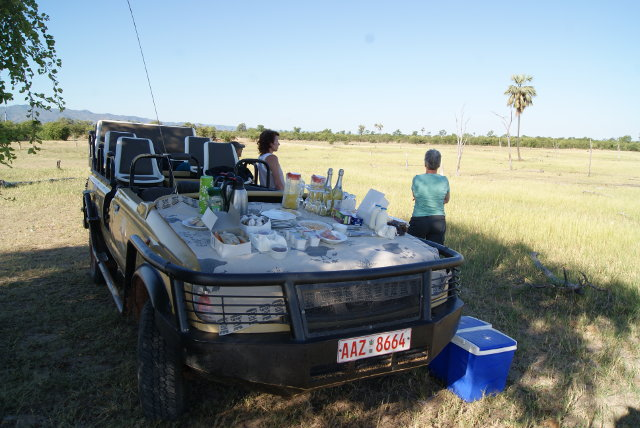 Picnic after a game drive at Spurwing Island, Kariba