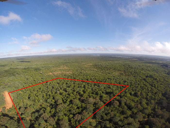 Victoria Falls property....undeveloped land
