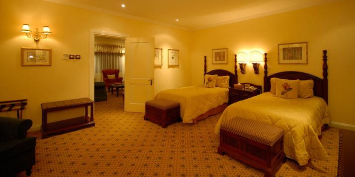 A luxury twin suite