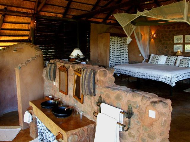 Livingstone Package with flights into Zambia and 4 nights' stay at Stanley Safari Lodge near Victoria Falls