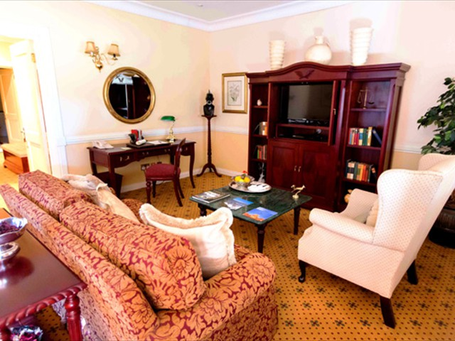 The lounge at Stanley & Livingstone Hotel