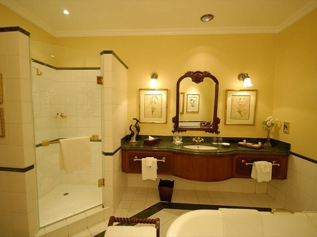 Even more stunning are the bathrooms