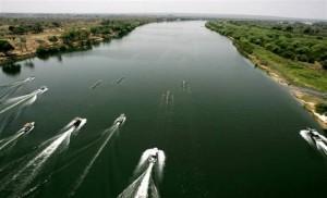 Zambezi Regatta 2004