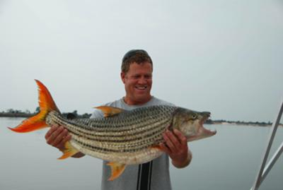 Len with 8.5kg Tiger in Zambezi