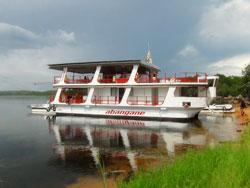 The Abangane Houseboat on Lake Kariba