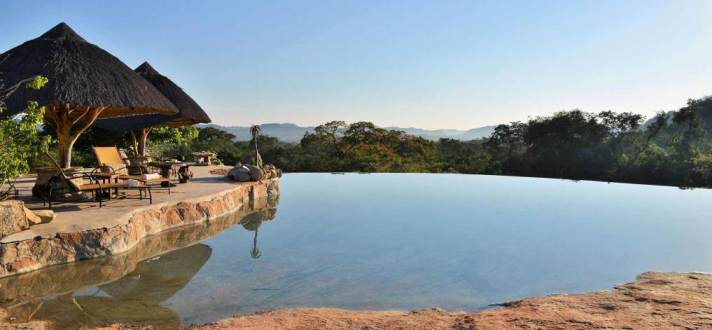 Lodge pool on the edge of a hill
