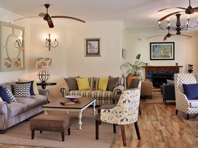 The lounge at Batonka Guest Lodge