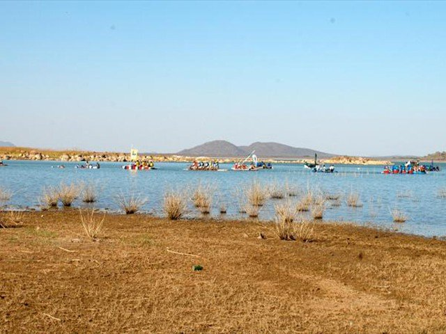 A raft race on the Gaborone Dam