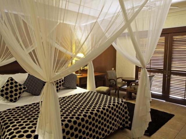 The Kingdom Hotel in Victoria Falls - get packaged deals which include flights and accommodation
