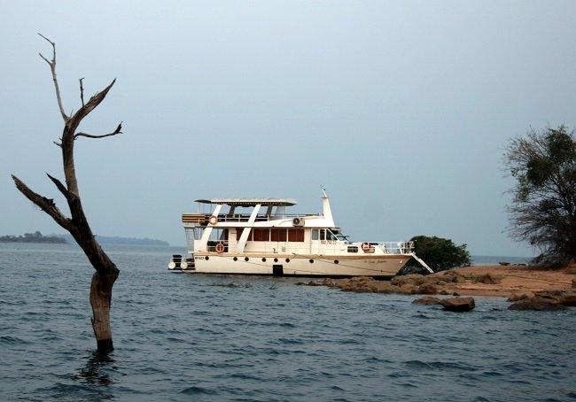 The Lady Jacqueline houseboat
