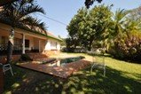 Bed & breakfast and self-catering accommodation at Livingstone Lodge - Victoria Falls accommodation