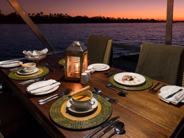 Dine on the Zambezi